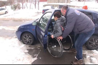 O scoala de soferi pentru persoane cu dizabilitati atrage elevi din toata tara. Conditiile speciale de examen