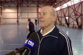 Secretul longevitatii unui barbat din Iasi, care la 82 de ani merge la sala si joaca tenis. Nu ar refuza un meci cu Halep