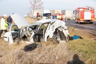 Accident grav pe DN2, intre Buzau si Ramnicu Sarat. Doua persoane au murit pe loc iar trei sunt ranite