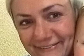 O britanica de 38 de ani, mama a doi copii, s-a sinucis dupa ce operatia la sani nu a iesit cum si-a dorit. Mesajul lasat