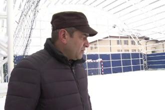 Sala de sport de 110.000 de euro din Olt, distrusa de prima ninsoare. Constructorul se mira si el cum de s-a intamplat