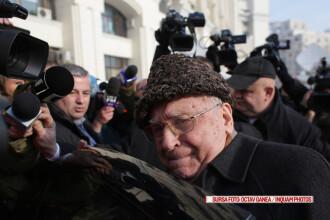 Ion Iliescu a ieşit din operaţie. Ce au descoperit medicii la analize
