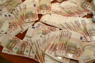 Cinci directori de banci din Spania, condamnati la inchisoare dupa ce si-au dat bonusuri uriase
