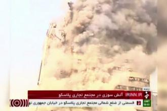 Cladire de 17 etaje prabusita la Teheran: 25 de persoane sunt inca date disparute. 20 de pompieri au murit in interventie