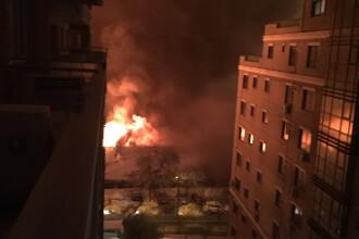 Inregistrari VIDEO cu incendiul de la clubul Bamboo. Imagini surprinse de un utilizator Stirile ProTV
