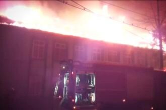 Zeci de pacienti evacuati, dupa ce un spital de psihiatrie a luat foc. Conducerea unitatii se contrazice cu pompierii
