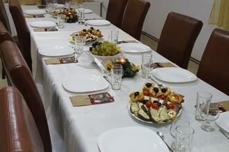 19 persoane au ajuns de la petrecerea de Revelion la spital, din cauza alimentelor consumate la o pensiune din Alba Iulia