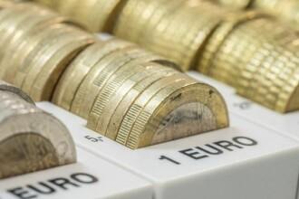 Un nou minim pentru leu. Euro se apropie de 4,69 lei