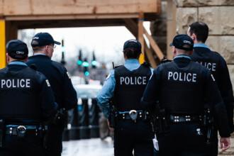 Scandal în sânul poliției din Baltimore. Oamenii legii vindeau drogurile găsite și comiteau atacuri cu arme confiscate