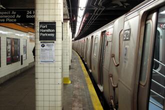 Crimă la metroul din New York, asemănătoare cu cea din București