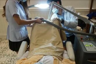 Tot mai mulți bărbați din Thailanda apelează la operațiile de albire a penisului