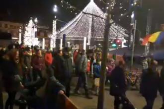Sute de persoane au protestat în Cluj-Napoca.