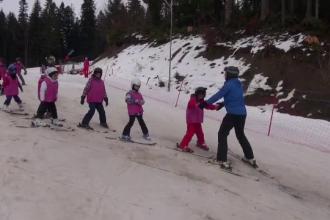 Taberele la munte, ideale pentru vacanţa copiilor. Preţul plătit instructorilor de schi
