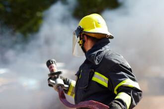 Pompier din Iași, acuzat că ar fi hărțuit o studentă pe care a luat-o în gazdă