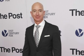 Jeff Bezos, patronul Amazon, a devenit