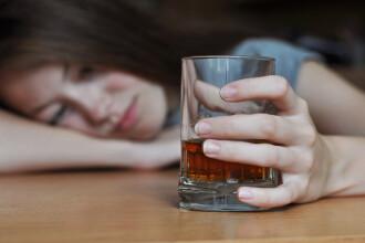 Doi adolescenți din Iași au ajuns la urgențe cu o alcoolemie record