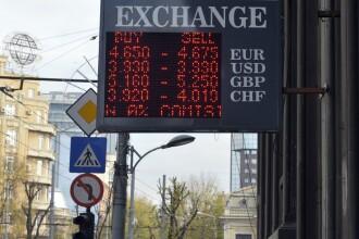 Românii plătesc mai mult decât ungurii sau cehii din cauza preţurilor calculate în euro