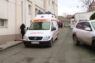 Un bărbat din Dâmbovița s-a împușcat din greșeală, în timp ce își curăța arma