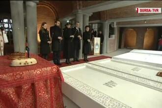 Nicolae, primit cu afecțiune de Familia Regală, la parastasul Regelui Mihai