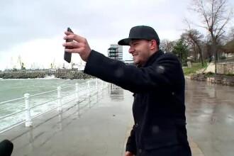 """Spectacol măreț al naturii, pe litoral. """"Uite, iubi, marea!"""""""