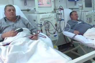 Lenjerii de pat de unică folosință în unele spitale românești. Pacienții laudă schimbarea