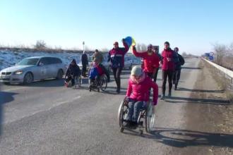 Semi-maraton organizat la Galați, de ziua Micii Uniri. Persoane cu handicap, alături de ceilalți participanți