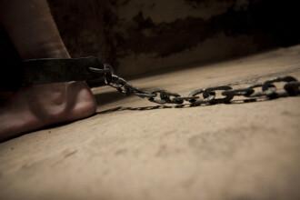 Copil de nouă din Olanda, torturat de mamă. Femeia credea că e posedat de demoni