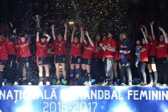 CSM Bucureşti a învins campioana Europei la handbal feminin, Gyor, cu 28-22