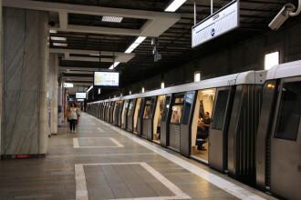 Staţia de metrou Piaţa Victoriei, închisă. Trenurile nu mai opresc în această staţie