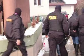 Membrii rețelei care comercializau ilegal medicamente au fost arestați