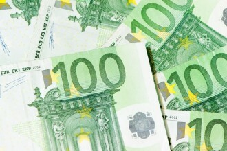 Țara din Europa care vrea să dea un venit minim de peste 11.000 euro fiecărui cetățean