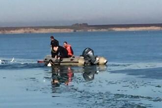 Un pescar din Ialomița, aflat pe o barcă improvizată, a fost găsit fără viață