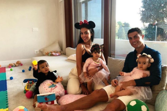 Cristiano Ronaldo a petrecut Revelionul la Dubai. Imagini de la petrecere
