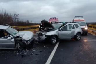 Un șofer de 26 de ani a provocat un accident pe DN1. Cinci răniți, printre care un copil