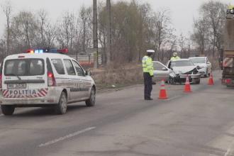 Copil de 2 ani, grav rănit într-un accident în Prahova. Ce a făcut bunicul lui la volan