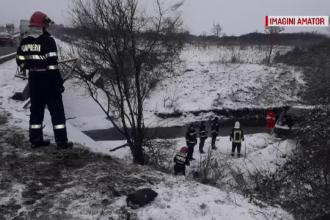 Un microbuz cu șapte pasageri a lovit un pod în Sibiu. Scenele filmate