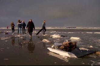 270 de containere, inclusiv unele cu substanțe chimice, au căzut în Marea Nordului