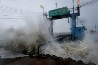Pabuk, cel mai puternic uragan din ultimii 30 de ani, a lovit Thailanda. Turiștii, afectați