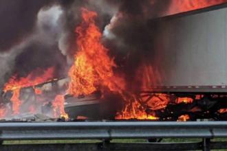 5 copii au murit în drum spre Disney Land, într-un accident urmat de un incendiu violent