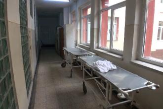 Dosar penal în cazul pacientului mort după ce a fost scăpat de pe targă