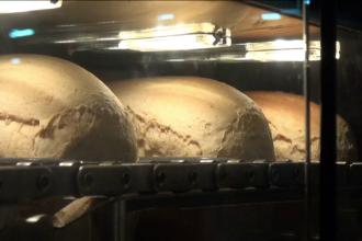 CES 2019. Cum funcționează tonomatul care face pâine caldă