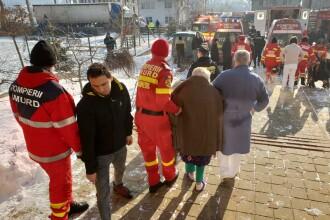 Incendiu violent la un azil de bătrâni, în Suceava. Planul Roșu de Intervenție activat