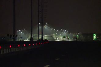 Autostrada urbană, care stă în beznă de 2 luni, are noi probleme: o parte se scufundă