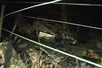 Un șofer băut a rupt o țeavă de gaze, un stâlp și gardul unei case, în Dâmbovița