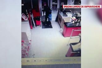 Reacția unui hoț după o lovitură spectaculoasă în Timiș. Jaful a fost filmat