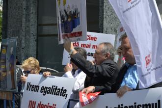 Liderii UE, întâmpinați cu proteste la București. Transportatorii români sunt nemulțumiți