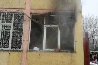 Incendiu într-o şcoală din Capitală. În clădire erau zeci de persoane