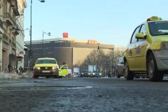 Autorităţile vor instala aparate cu bon pentru taxi în Centrul Vechi. Ce spune poliţia