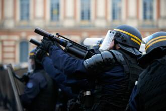 """Polițiști cu arme semiautomate, trimiși la protestul """"vestelor galbene"""" de duminică. FOTO"""