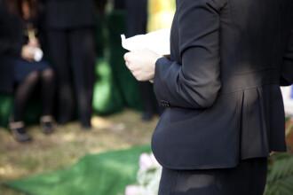 Înmormântarea fastuoasă a unui câine. Pe ce a cheltuit o britanică 4.000 de €